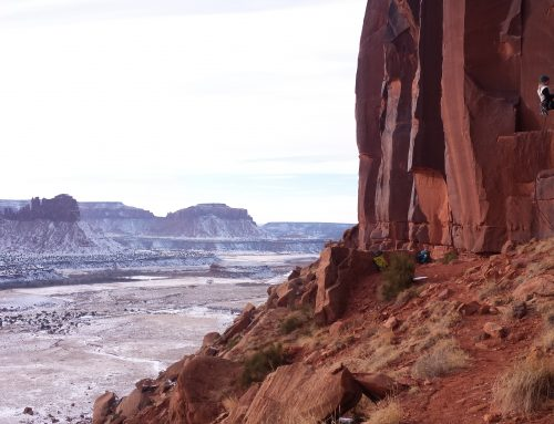 Winter Climbing at Indian Creek, Utah